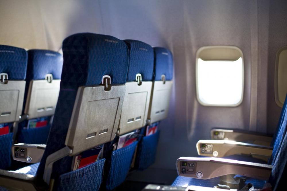 plane_seats.jpg